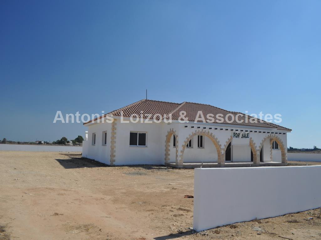 Bungalow in Famagusta (Avgorou) for sale