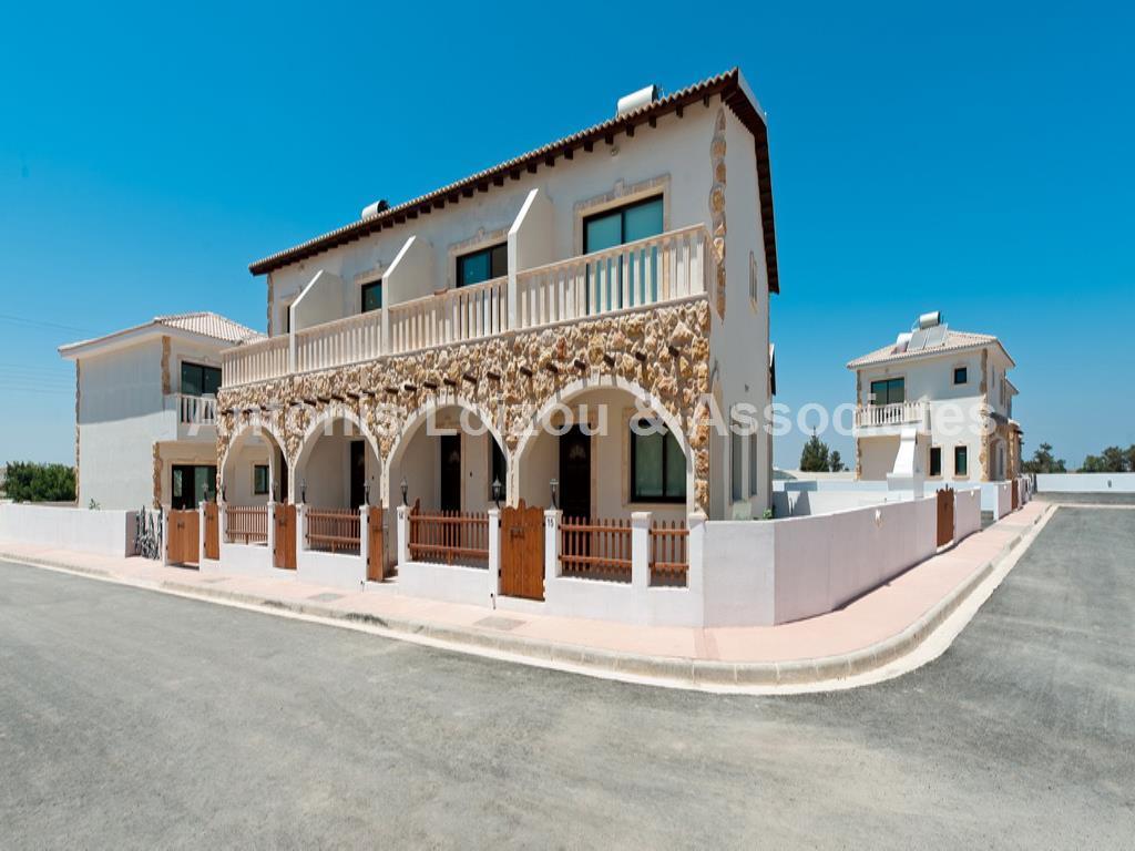 Maisonette in Famagusta (Avgorou) for sale