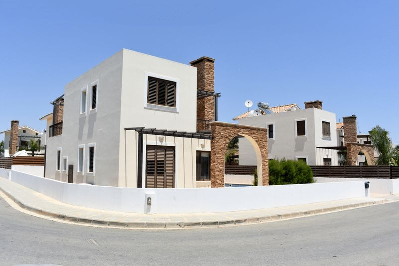 A Second Line 4 Bedroom Villa with Private Pool in Ayia Thekla properties for sale in cyprus