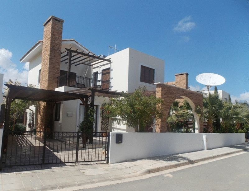 House in Famagusta (Ayia Thekla) for sale