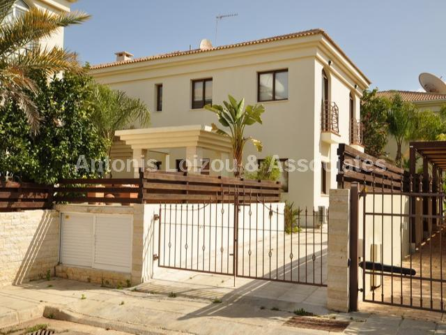 Detached Villa in Famagusta (Kapparis) for sale