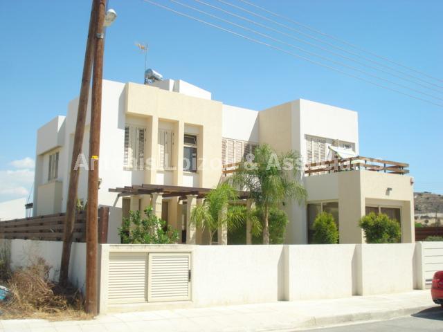 Villa in Larnaca (Alethriko) for sale