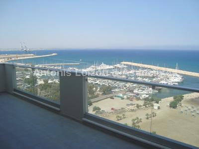 Apartment in Larnaca (Finikoudes) for sale