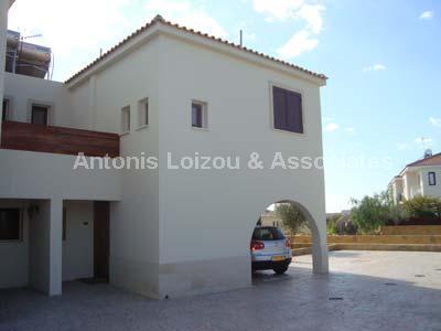Apartment in Larnaca (Mazotos) for sale