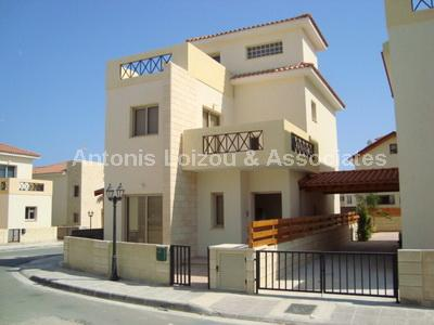 Semi detached Ho in Larnaca (Ormideia) for sale