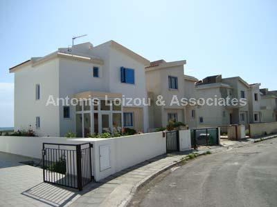 Semi House in Larnaca (Pervolia) for sale