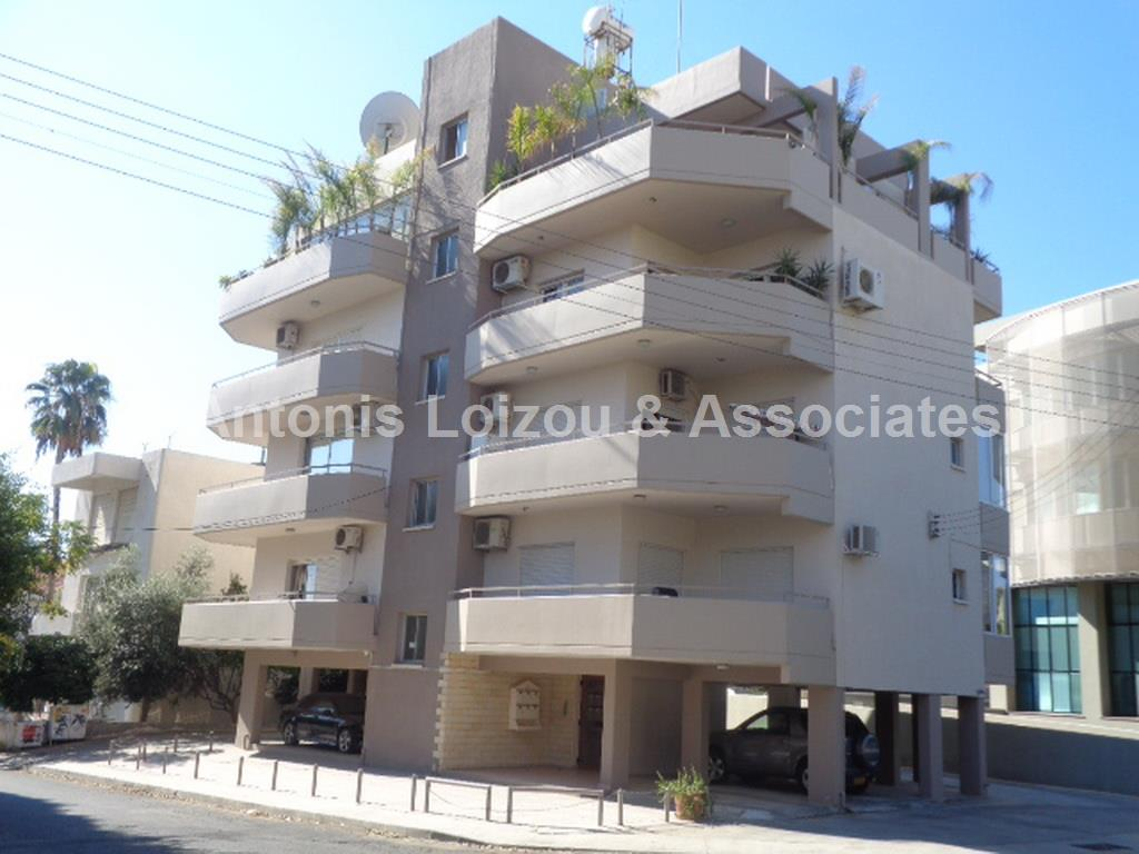 Entire floor apa in Limassol (Agia Zoni) for sale