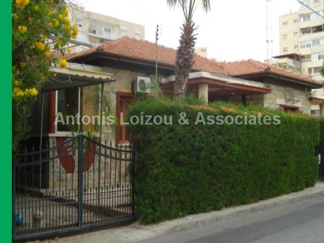 Bungalow in Limassol (Agia Zoni) for sale