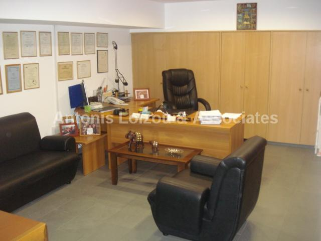 Shop in Limassol (Neapolis) for sale