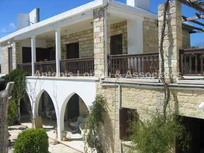 Semi Village Hou in Limassol (Pachna) for sale
