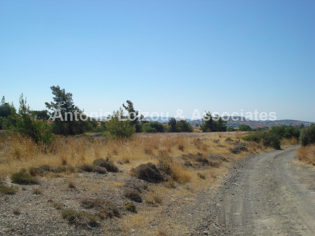 Field in Limassol (Pareklisia) for sale