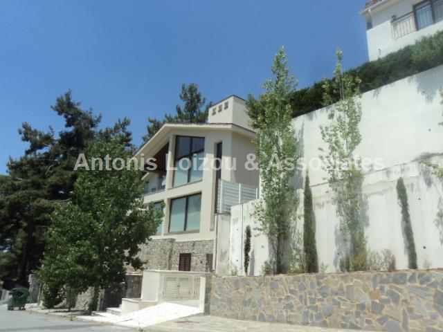 Villa in Limassol (Platres) for sale