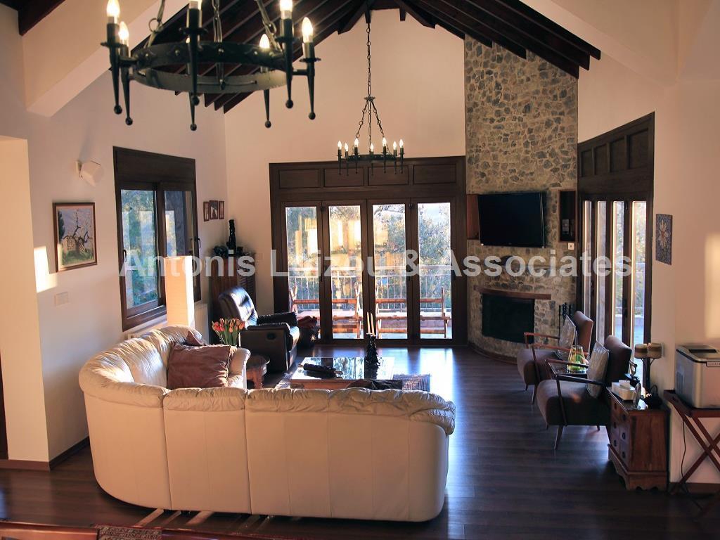 Detached House in Limassol (Platres) for sale