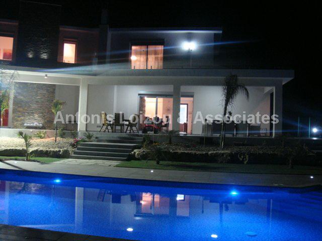 Detached Villa in Limassol (Spitali) for sale