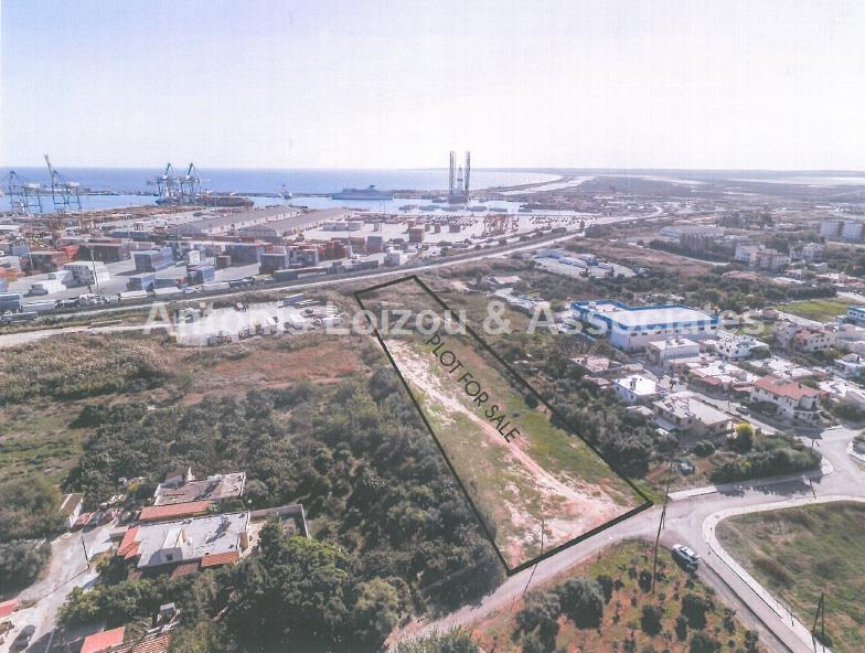 Field in Limassol (Zakaki) for sale