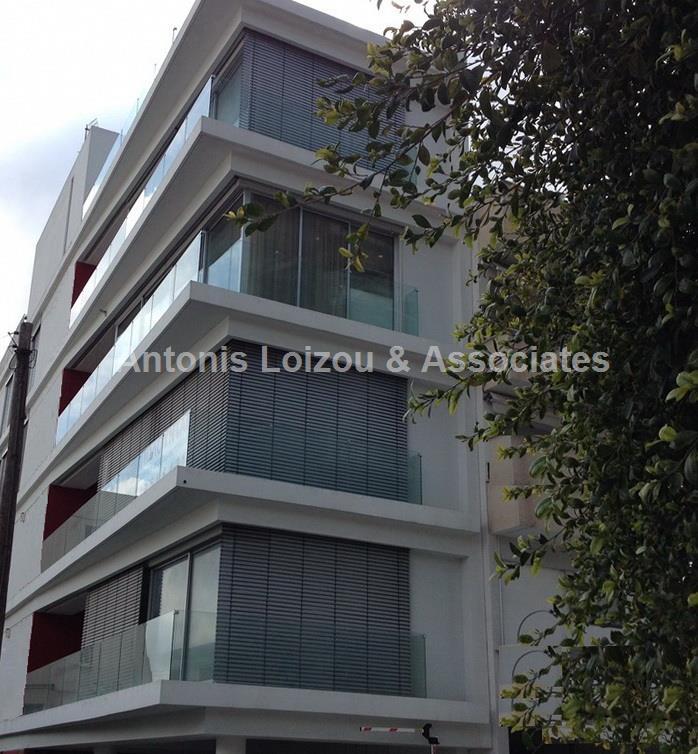 Entire floor apa in Nicosia (Strovolos) for sale