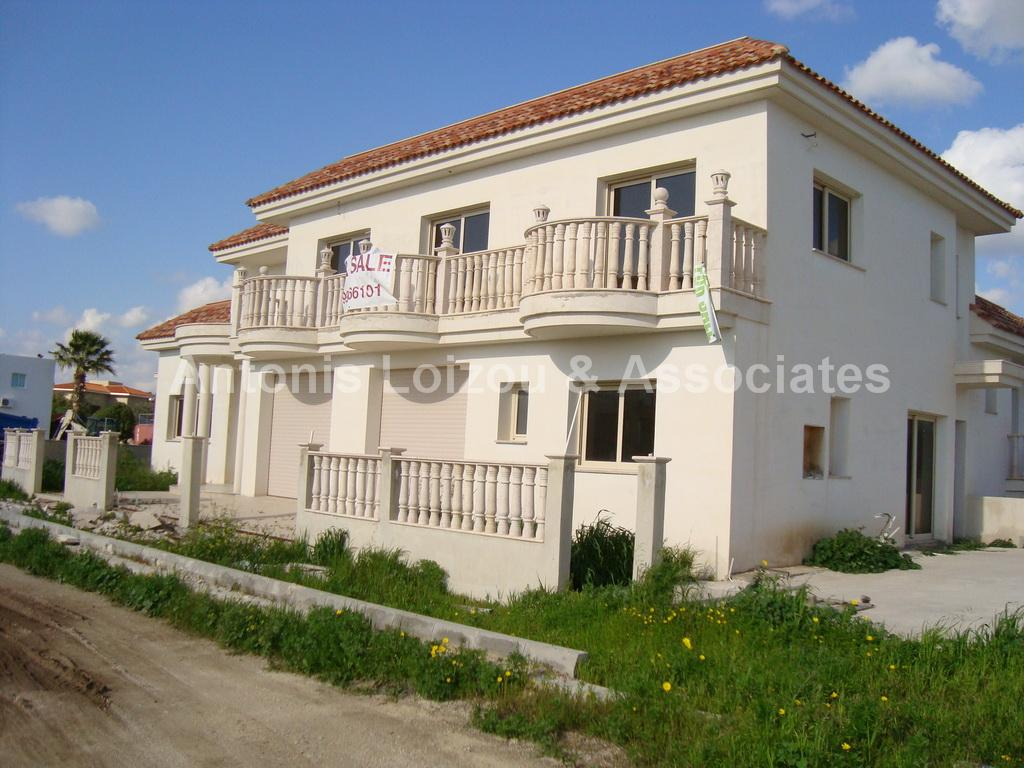 Detached House in Paphos (Agia Marinouda) for sale