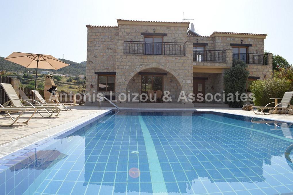 Detached Villa in Paphos (Argaka) for sale