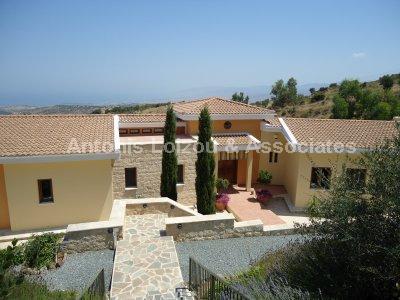 Detached Bungalo in Paphos (Droushia) for sale