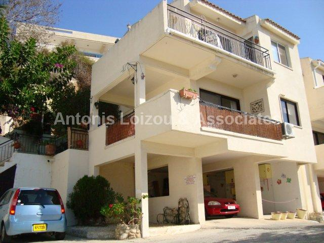Apartment in Paphos (Exo Vrisi) for sale