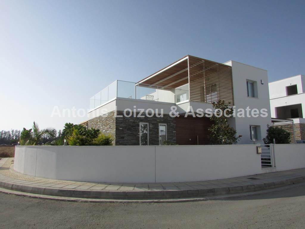 Detached House in Paphos (Kato Paphos) for sale