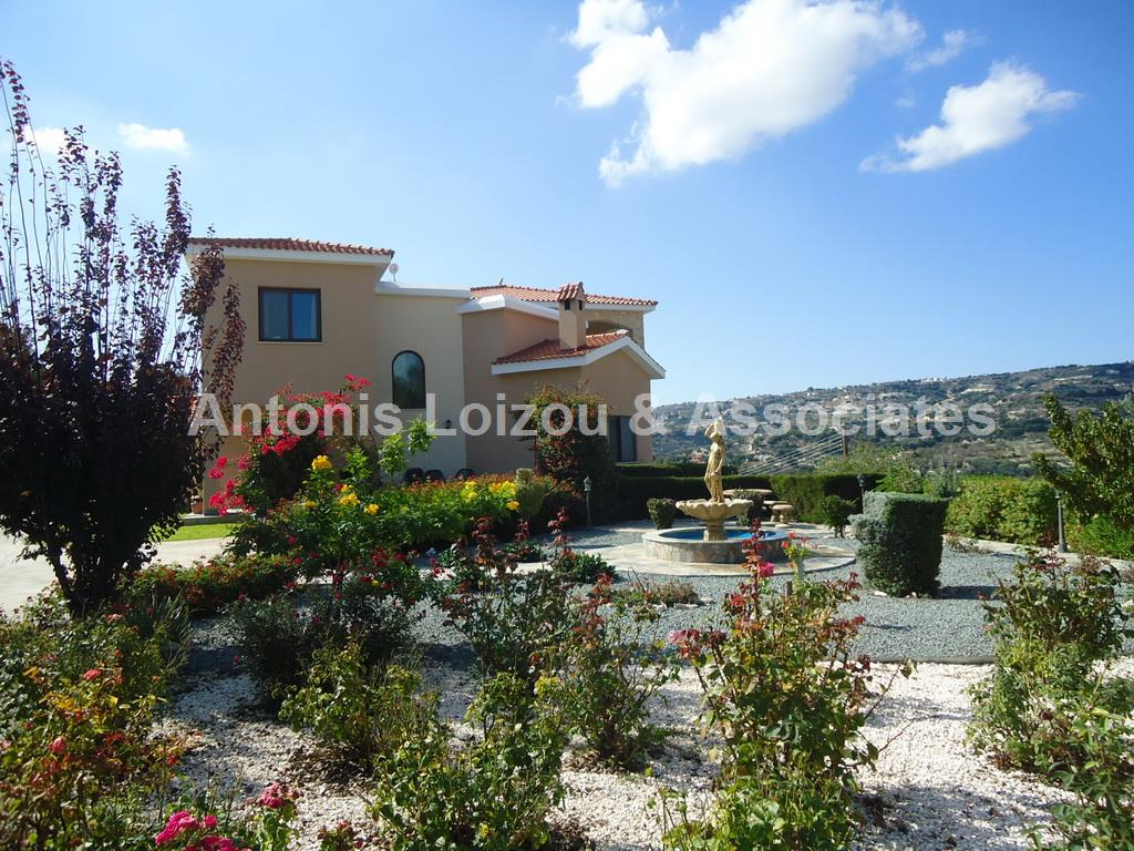 Three bedroom detached house in Letimbou Phahos