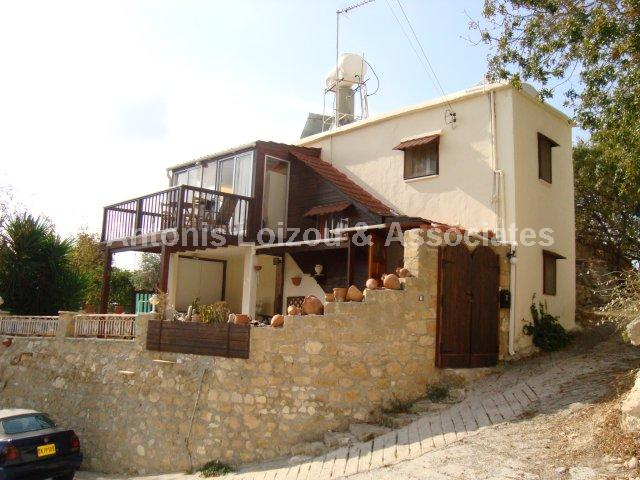 Detached Village in Paphos (Mesa Chorio) for sale
