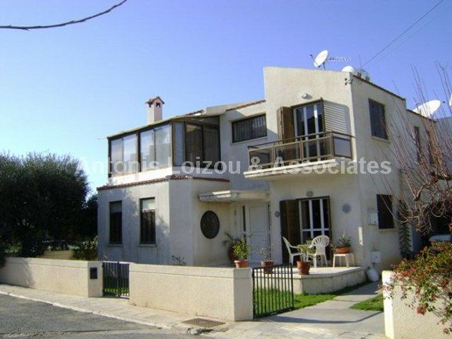 Detached House in Paphos (Pano Paphos) for sale